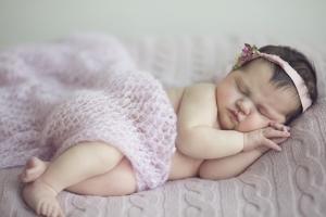 видеть во сне младенца девочку