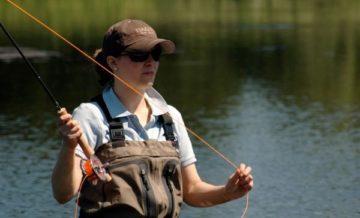 к чему снится ловить рыбу удочкой женщине