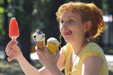 к чему снится есть мороженое